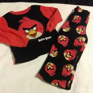 3 for $10! Boys size 4 angry birds pjs